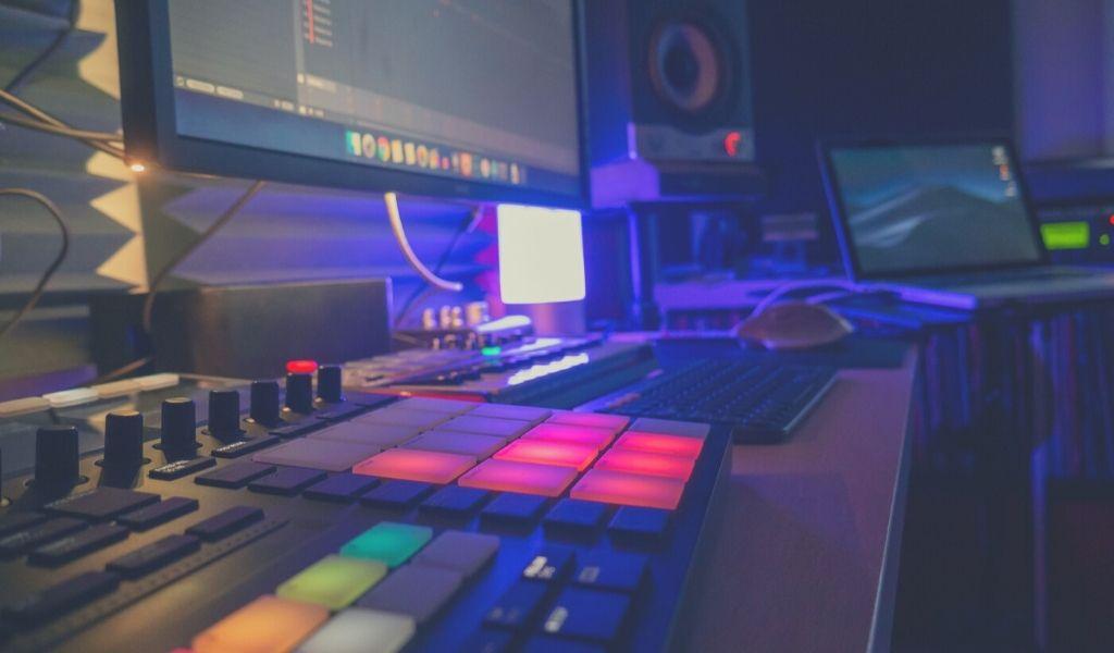midi pad controller in the studio