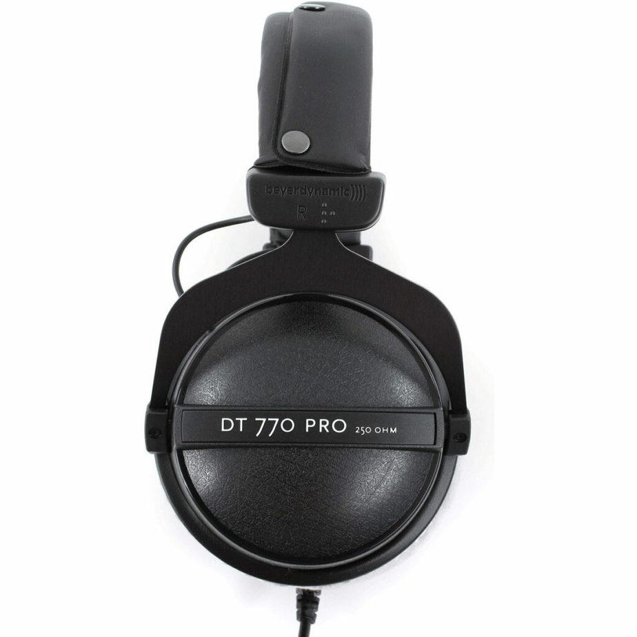 Beyerdynamic DT 770 Pro 250 Ohms Side view